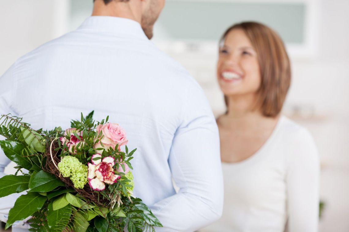 Site ul gratuit de dating in Grenoble Femeie de igani