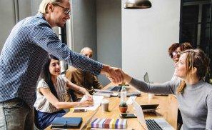 10 calități ale unui angajat de succes