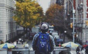 11 întrebări pe care orice tânăr de douăzeci de ani ar trebui să și le pună!